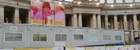 Abre o Posto de Saúde para os pobres na Praça São Pedro