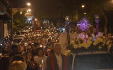 Missa e procissão de Corpus Christi reúne milhares de pessoas no Centro de Juiz de Fora