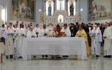 Milhares de fiéis celebraram a Festa de Santo Antônio 2017