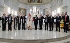 Coral Benedictus lança primeiro CD no Dia de Santo Antônio
