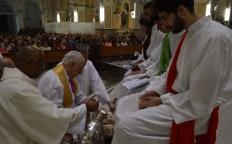 Missa na Quinta-feira Santa relembra a Última Ceia