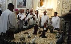 Vigília de Natal reúne centenas de fiéis na Catedral