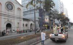Corpus Christi é marcado por celebração online e cortejo pela Avenida Rio Branco