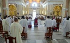 Às vésperas do 6º Domingo da Páscoa, clero se reúne em Missa da Unidade Arquidiocesana